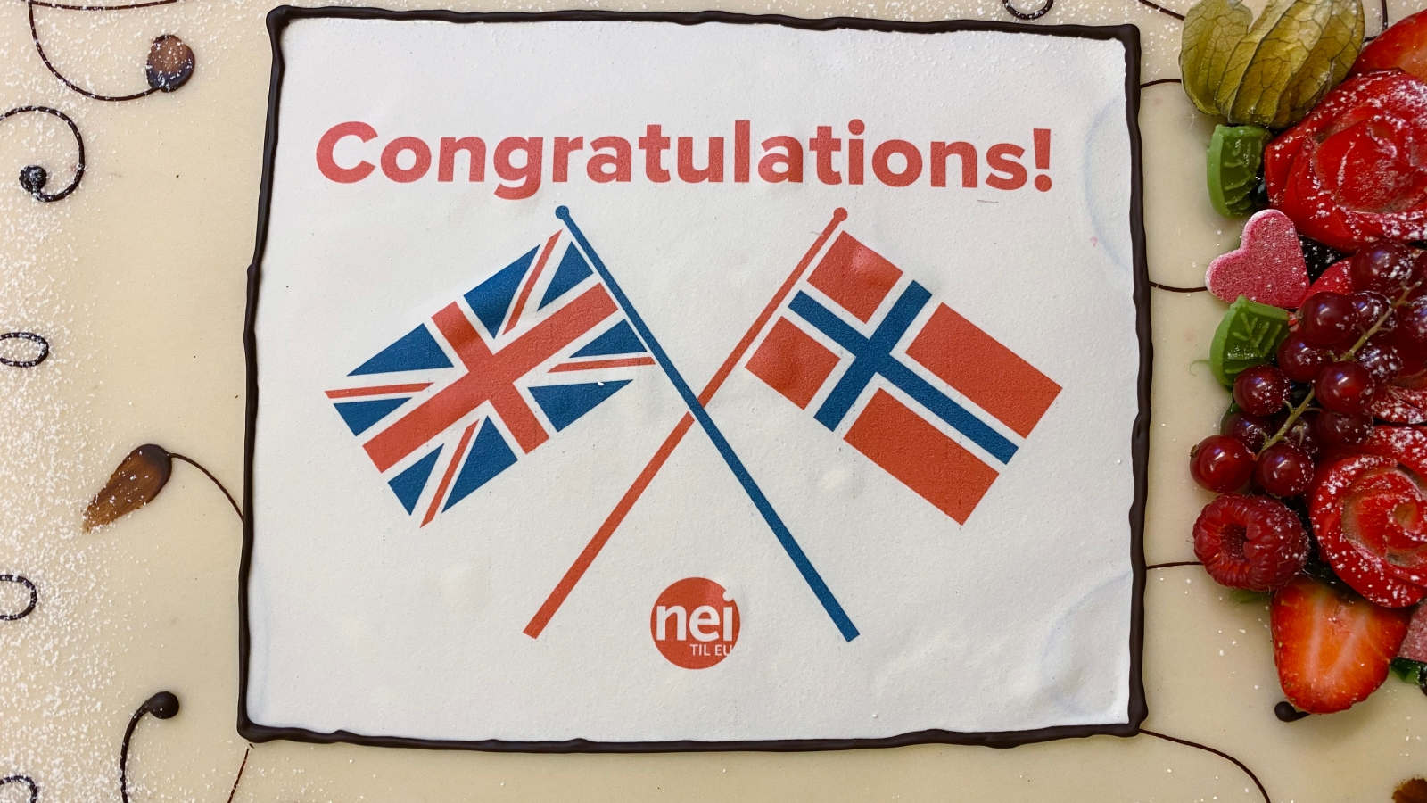 Nei til EU inviterte pressen til kakefest på kontoret 31. januar  2020 for å feire at Storbritannia går ut av EU.