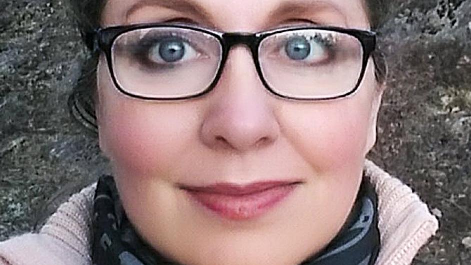 Yvonne Janet Ludvigsen Log
