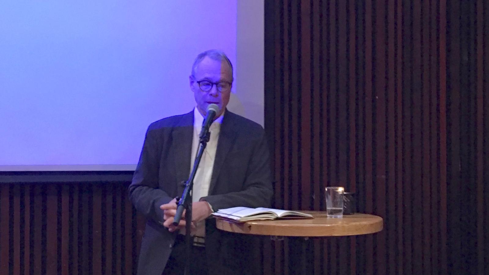 Hans Petter Graver på den faglige konferansen «EU strammer grepet» i Oslo 8. oktober 2018.