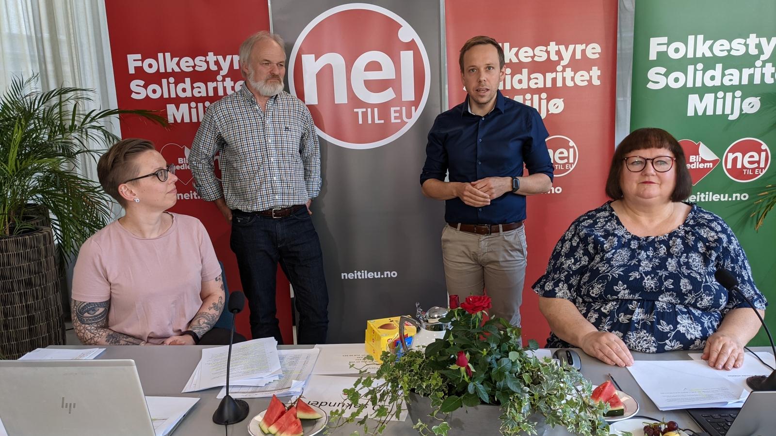 Rådsmøte 5. juni 2021 vedtok en tydelig uttalelse mot rasisme og høyreekstremisme. Fra venstre Hilde Loftesnes Nylén, nestleder Einar Frogner, generalsekretær Thomas Haug og Heidi Larsen.