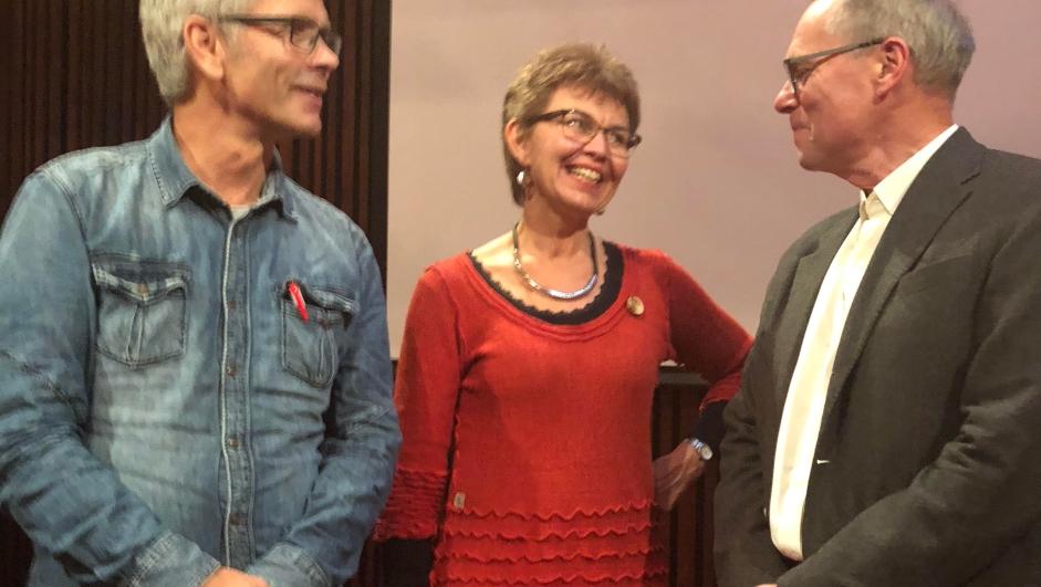 Boye Ullmann, leder av faglig utvalg i Nei til EU, Kathrine Kleveland og jussprofessor Hans Petter Graver på den faglige konferansen «EU strammer grepet» 8. oktober 2018.