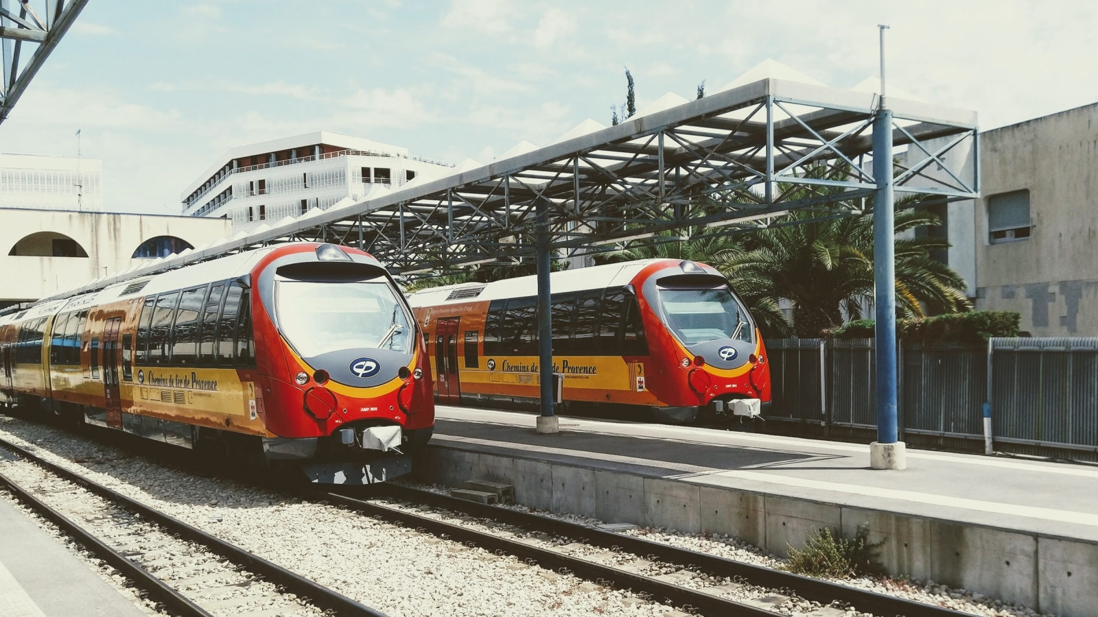 Togsett på Gare de Nice, Nice, Frankrike. Foto: Christopher, Unsplash.