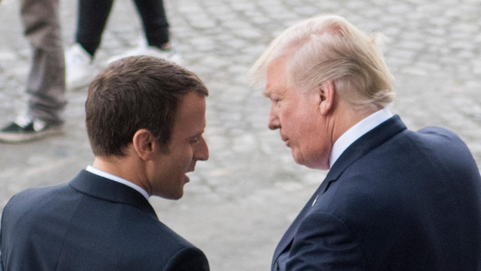 Macron og Trump på Bastille-dagen i Paris 2017. Foto fra wikimedia commons, public domain. CC BY DoD