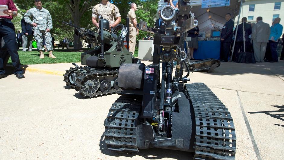 Selvgående militært kjøretøy.