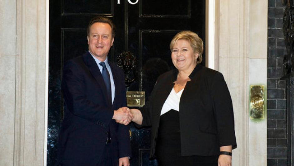 Statsministrene David Cameron og Erna Solberg i Downing Street.