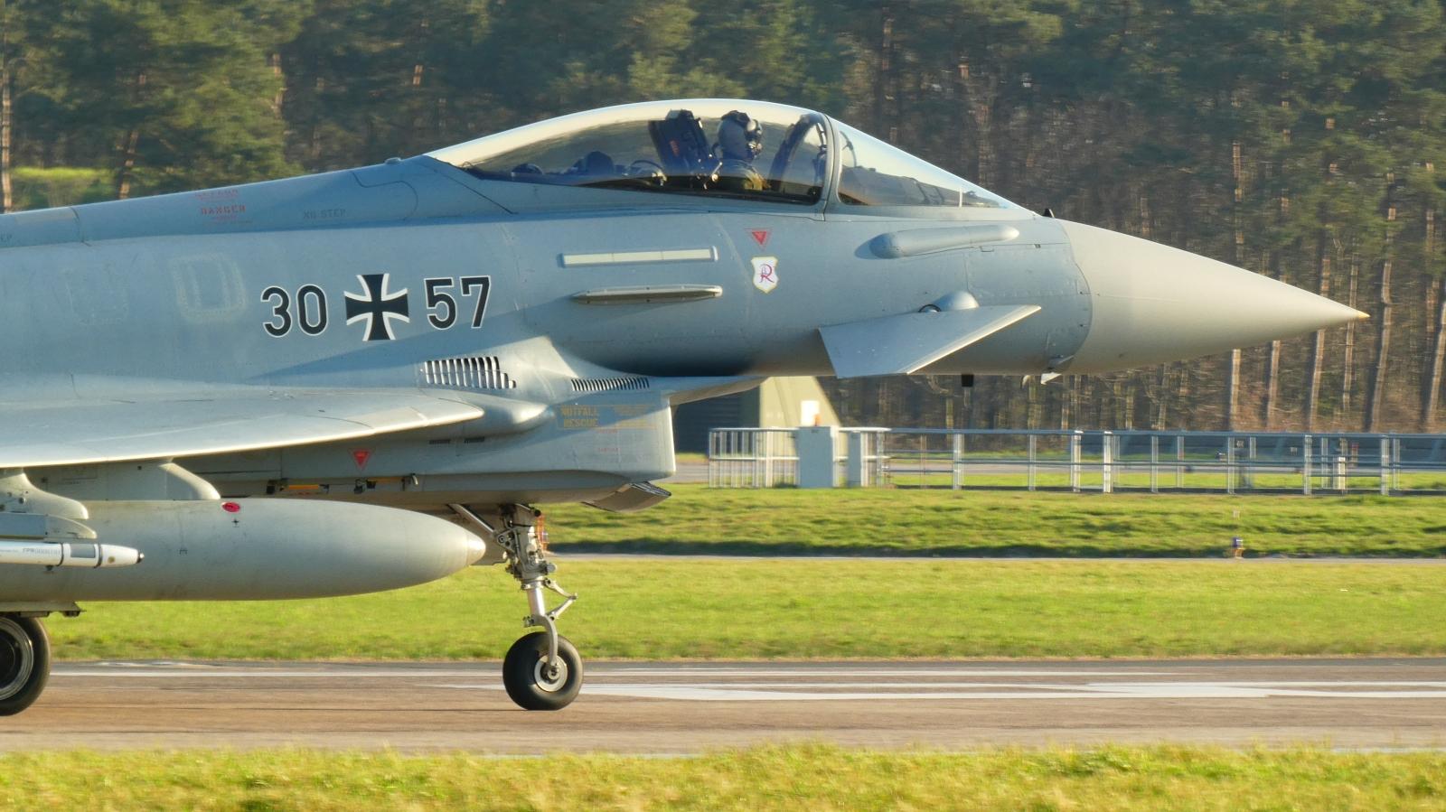 En tysk Eurofighter Typhoon i aksjon.