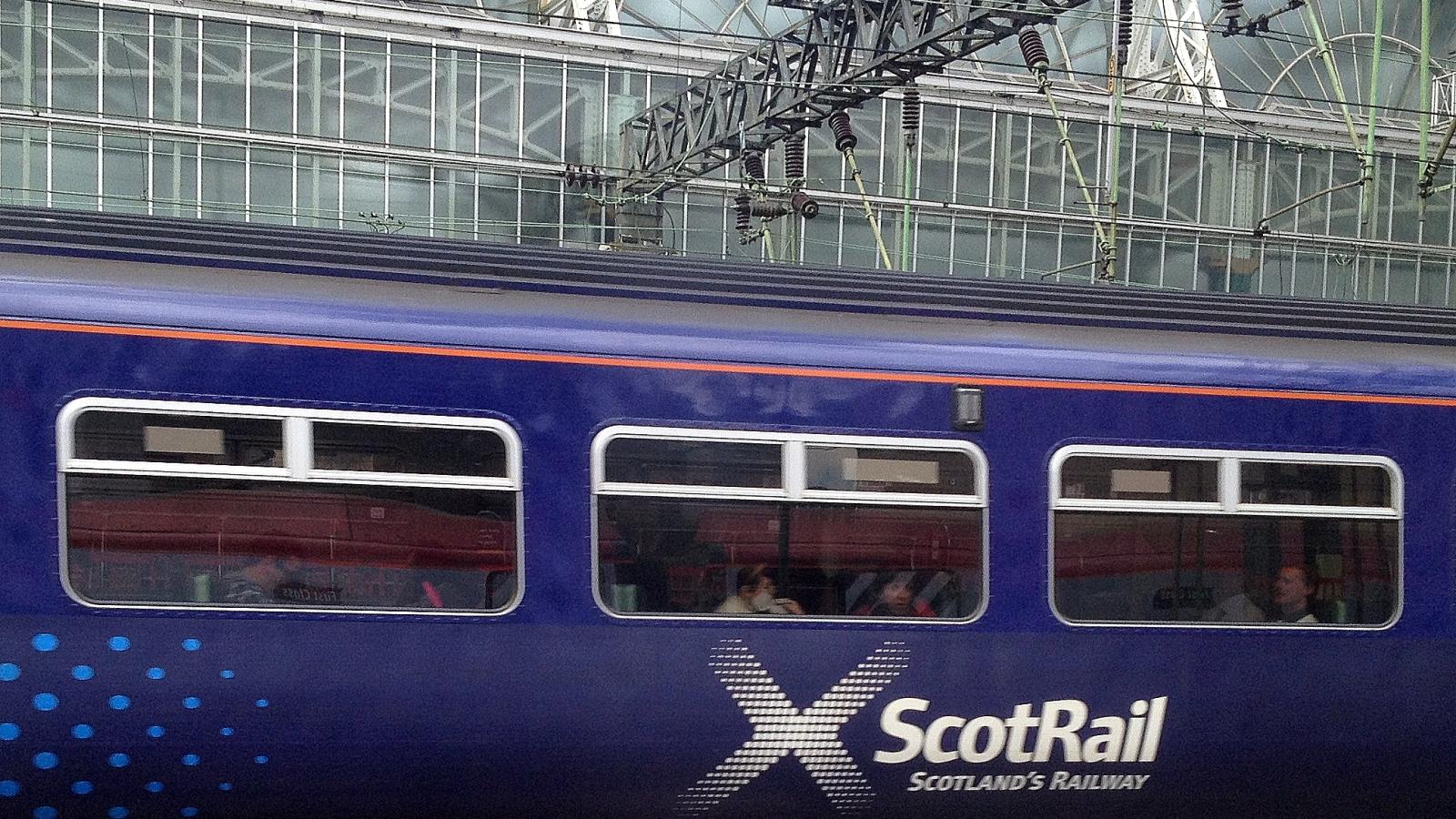 ScotRail tilbake til det offentlige.