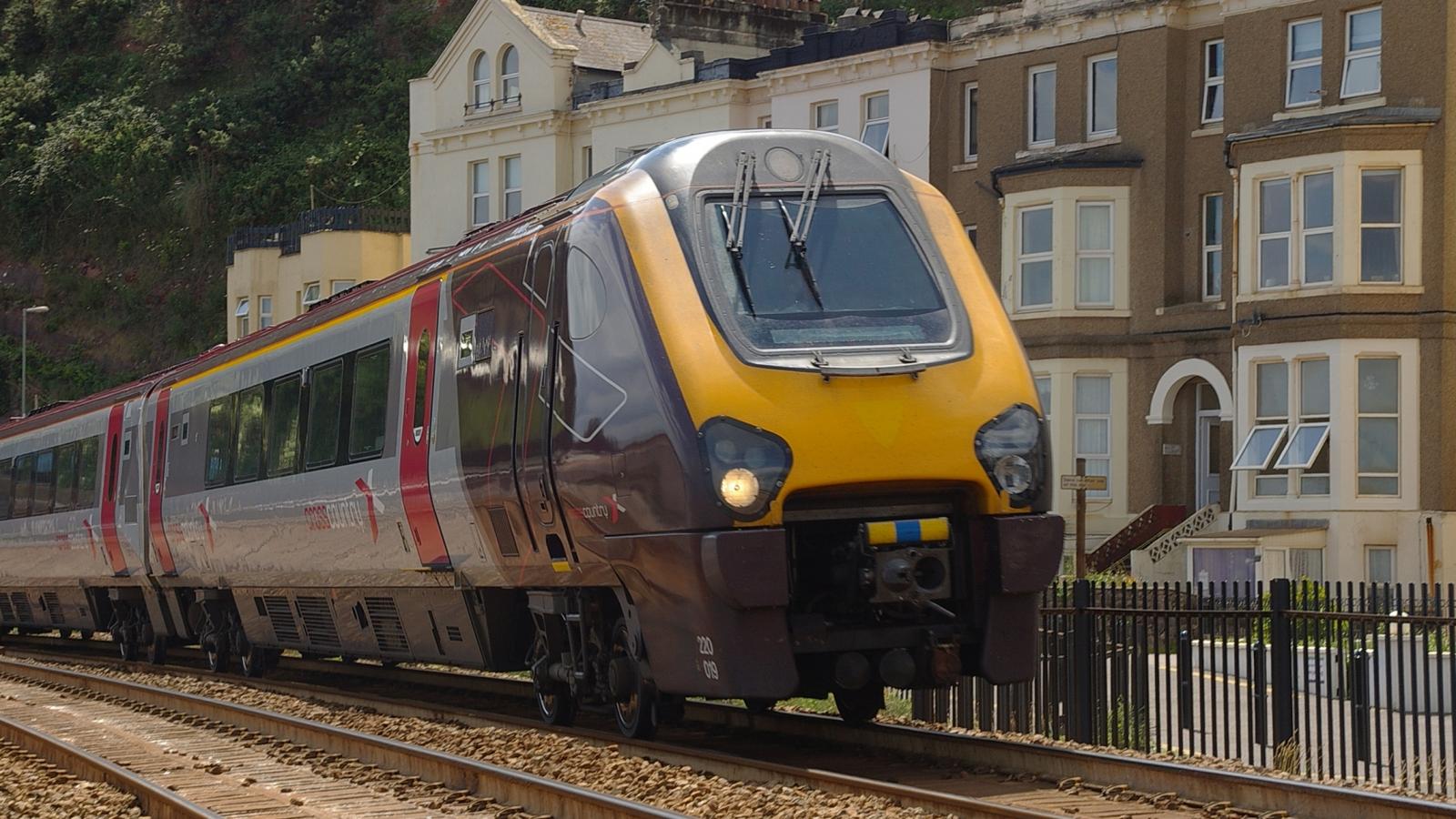 Illustrasjonsfoto: Tog fra South Devon (2009). Linja har vært driftet av tyske Arriva som har Deutsche Bahn som morselskap.