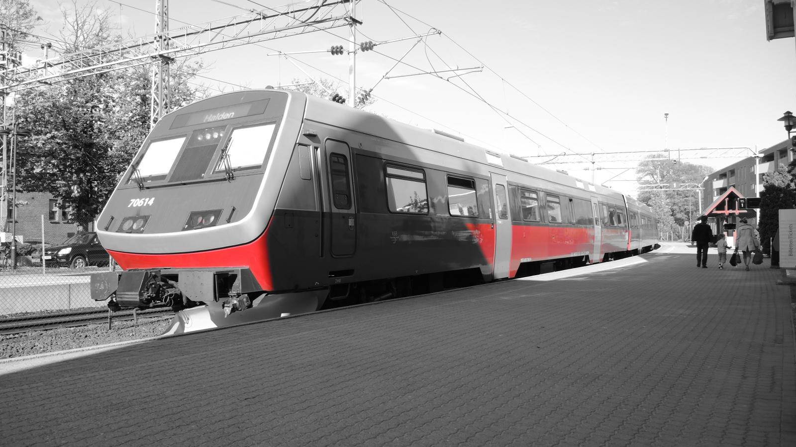 Tog, Fredrikstad stasjon